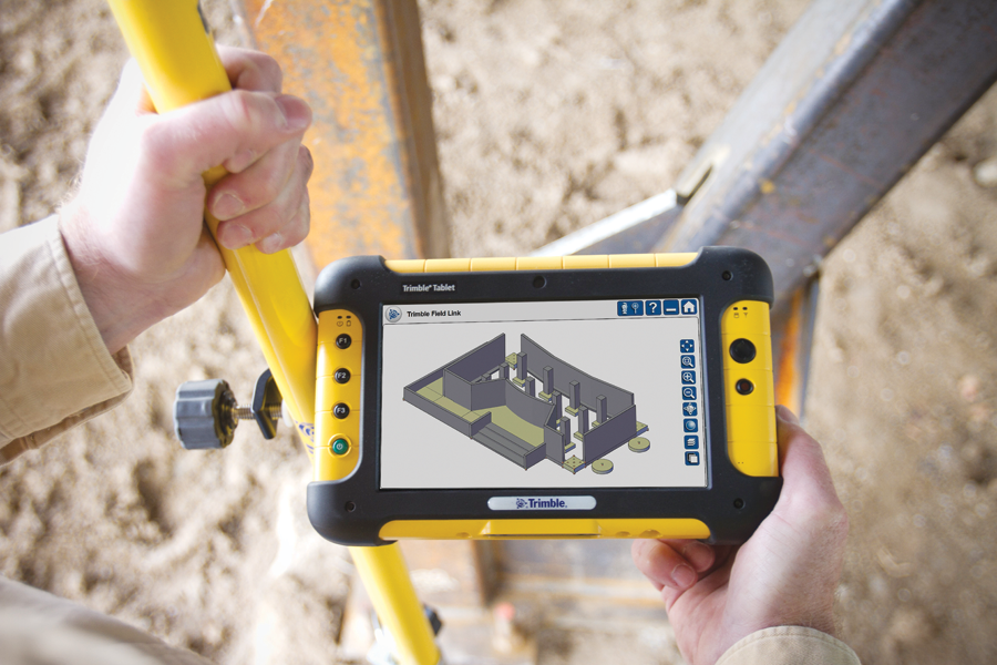 In-field displays of 3D models support layout, inspection, and quality control.