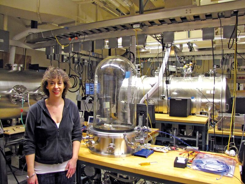 Dr Erika Harnett in the lab at the university of Washington: in the vacuum chambers, prototype rocket engines are being tested using fuel sources that would likely be found on Mars, such as the native regolith, xyHt february 2017