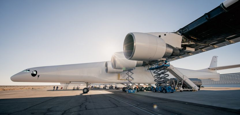 Stratolaunch-small2-832x400.jpg